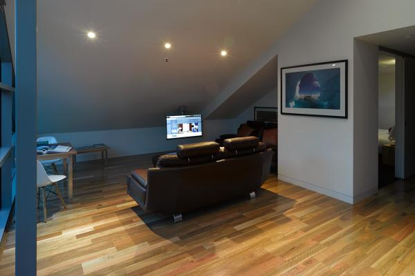 Spacious entertaining area Loft Penthouse Salamanca Wharf Hotel