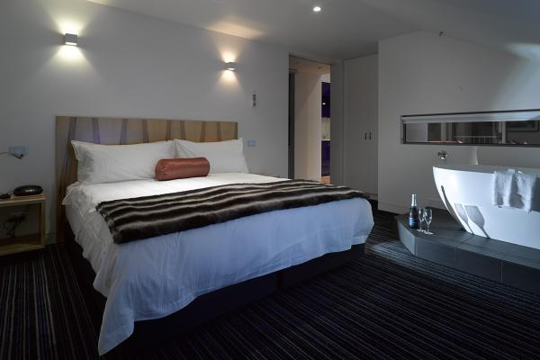 Main Bedroom in the Loft Penthouse Salamanca Wharf Hotel
